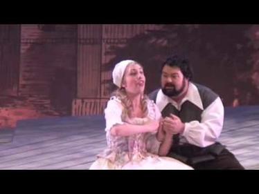 Kate Amos as Phoebe Merryll in The Yeomen of the Guard, Gilbert & Sullivan Opera Victoria